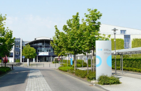 zur Hochschule Rhein Sieg - Sankt Augustin